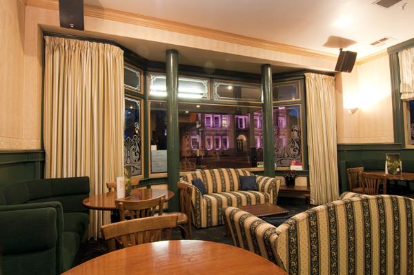Brydone Hotel, Oamaru