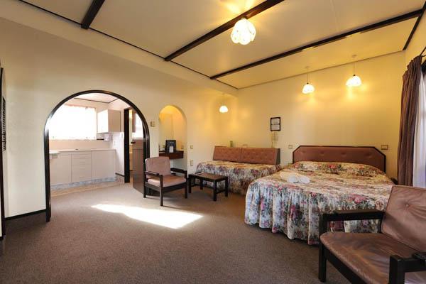 Alcala Motel, Dunedin