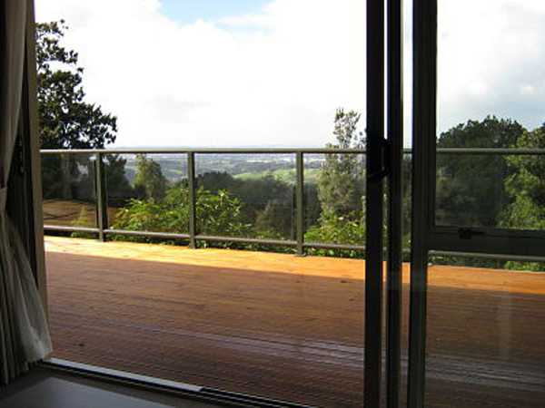 Aucklands Waitakere Estate