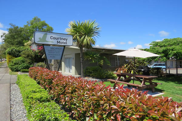 Courtney Motel, Taupo