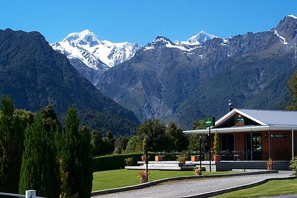 High Peaks Hotel, Fox Glacier