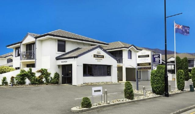 Delorenzos Studio Apartments, Nelson